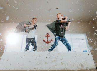 Aprenda cómo adaptar la rutina en la cuarentena con los niños